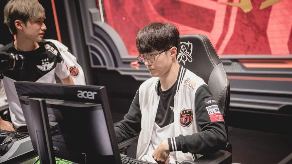 West fights East in League of Legends World Championship